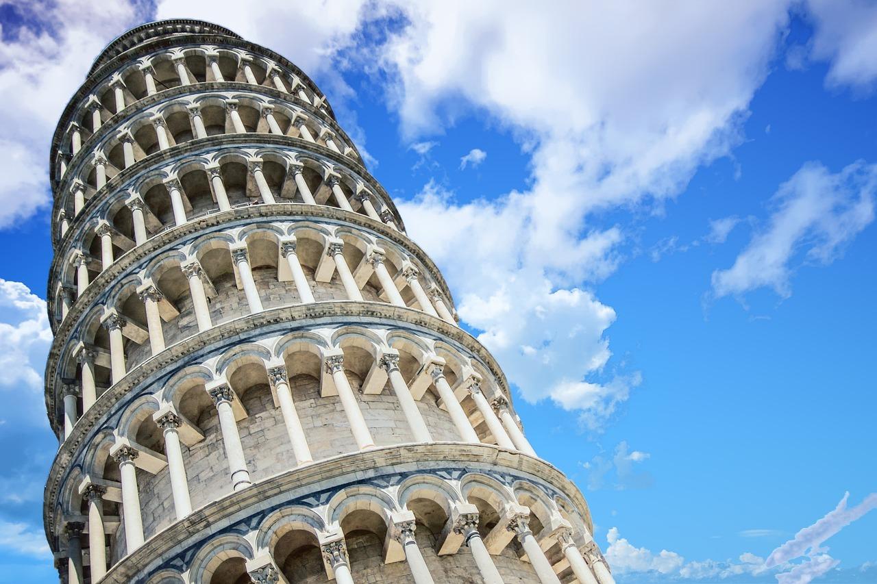 Slalom tra gli escrementi; il Comune di Pisa dice basta!