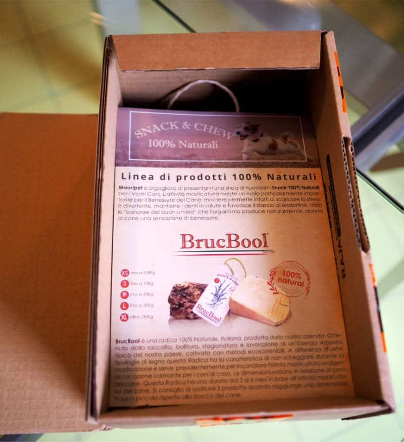 maoripet brucbool confezione aperta con brochure